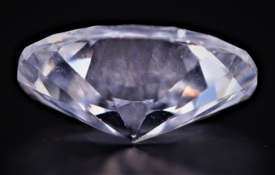 Original American Diamond Gemstone (Zircon) - 15.00 Carat Weight - Origin USA