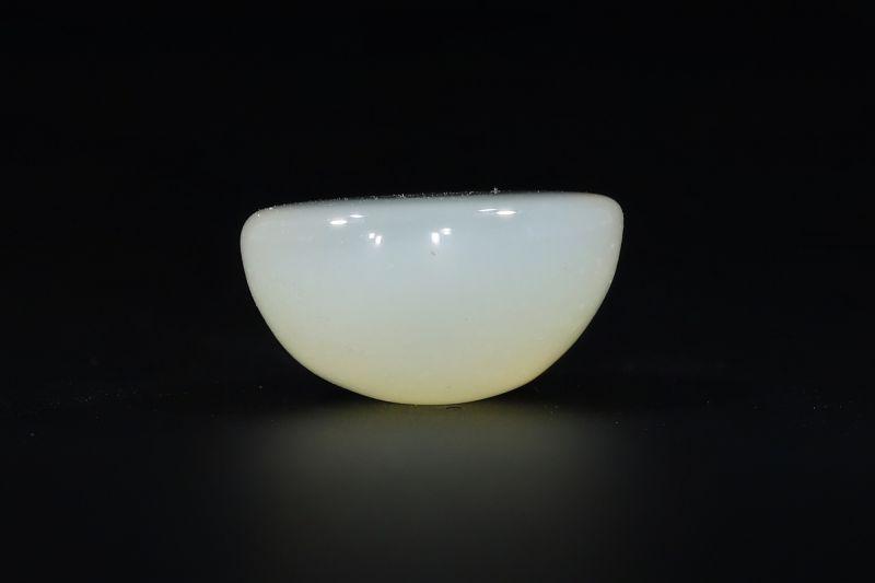 Moon Stone (Chandrakant Mani) - 6.75 Carat Weight - Origin Sri Lanka