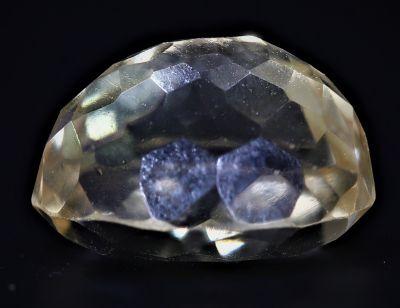 Golden Topaz stone (Citrine/Sunehla) 4.65 Carat Weight - Origin India